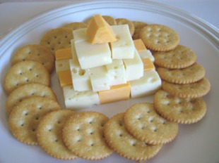 crackers-with-cheese-050