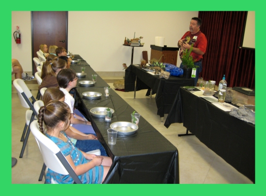 Museum Docent Alan Smith teaching Creation Club for Kids